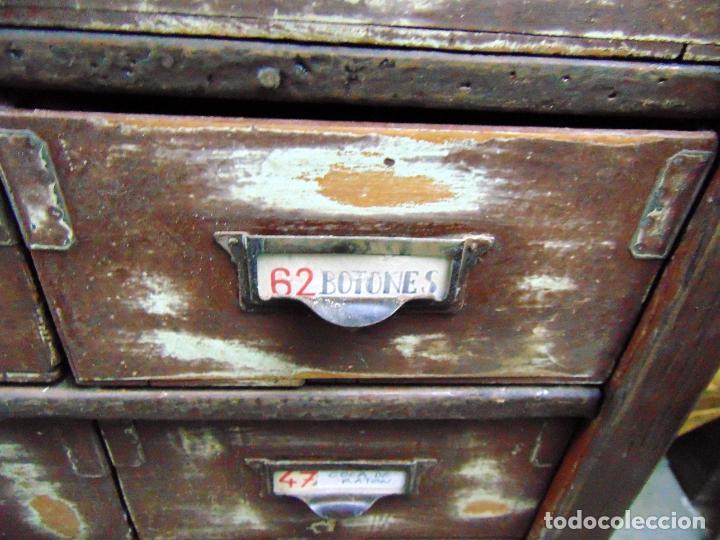 Antigüedades: antiguo mueble de merceria, restaurado, ideal consola,32 cajones decorativo y funcional - Foto 10 - 191819333