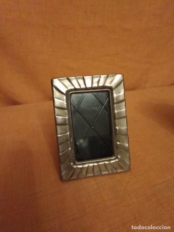 Antigüedades: Lote de 2 porta fotos Silver plated - Foto 3 - 191840365