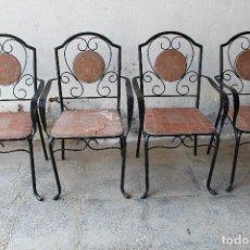 Antiguidades: 4 SILLAS - SILLONES DE JARDIN EN HIERRO FORJADO Y CERAMICA. Lote 191857895