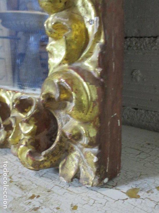 Antigüedades: Antiguo Espejo - Madera Tallada y Dorada en Pan de Oro - Posibilidad Horizontal, Vertical - S. XVIII - Foto 6 - 191861608