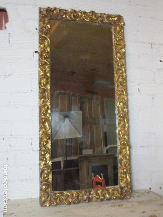 Antigüedades: Antiguo Espejo - Madera Tallada y Dorada en Pan de Oro - Posibilidad Horizontal, Vertical - S. XVIII - Foto 7 - 191861608