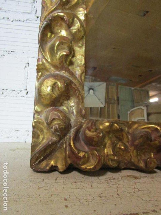 Antigüedades: Antiguo Espejo - Madera Tallada y Dorada en Pan de Oro - Posibilidad Horizontal, Vertical - S. XVIII - Foto 10 - 191861608