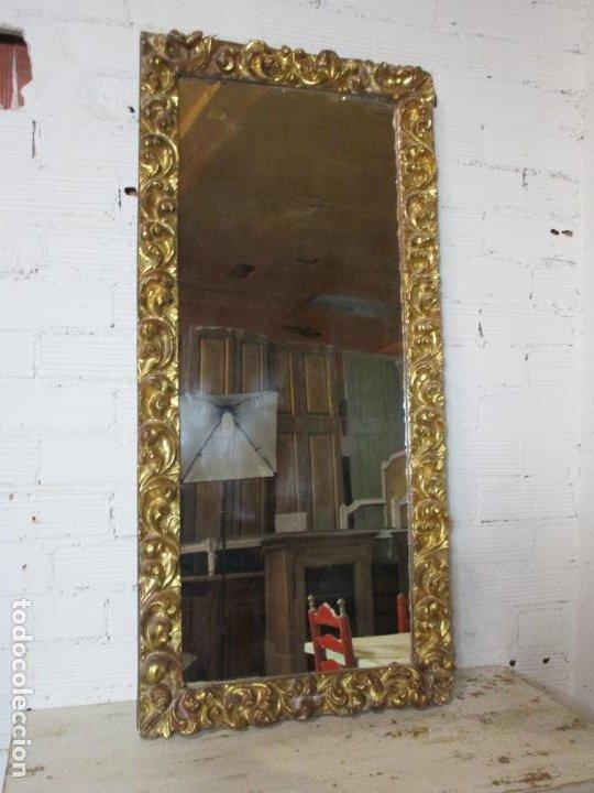 Antigüedades: Antiguo Espejo - Madera Tallada y Dorada en Pan de Oro - Posibilidad Horizontal, Vertical - S. XVIII - Foto 11 - 191861608