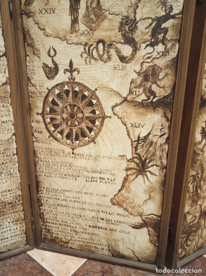 Antigüedades: Excepcional y único biombo pintado a mano. Cuadro por ambas caras. Pasajes históricos. Firmado. - Foto 8 - 191894133