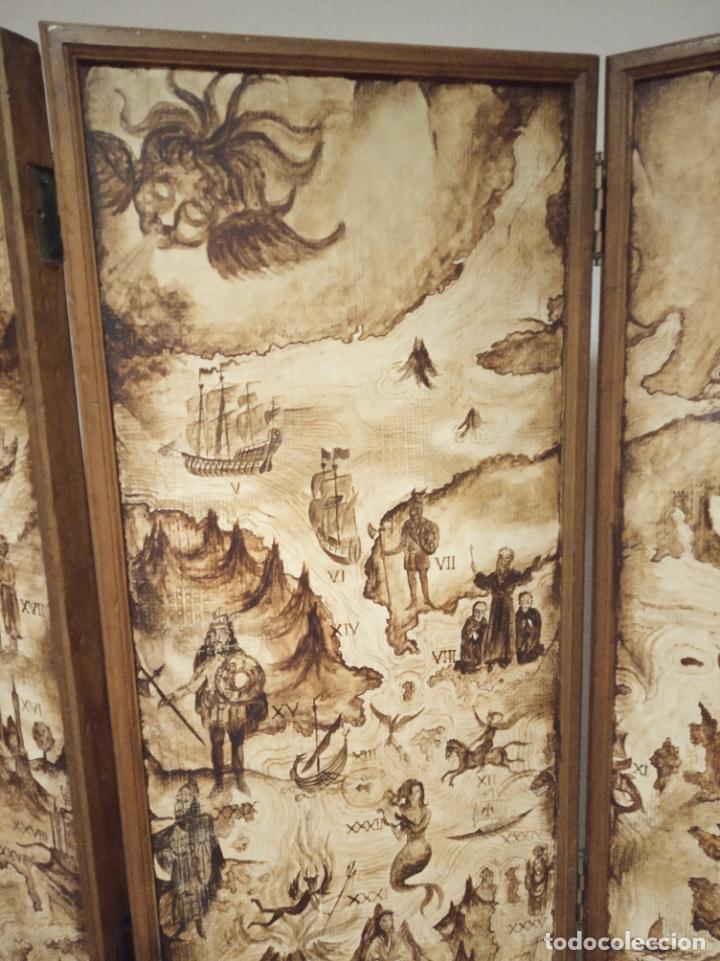 Antigüedades: Excepcional y único biombo pintado a mano. Cuadro por ambas caras. Pasajes históricos. Firmado. - Foto 9 - 191894133