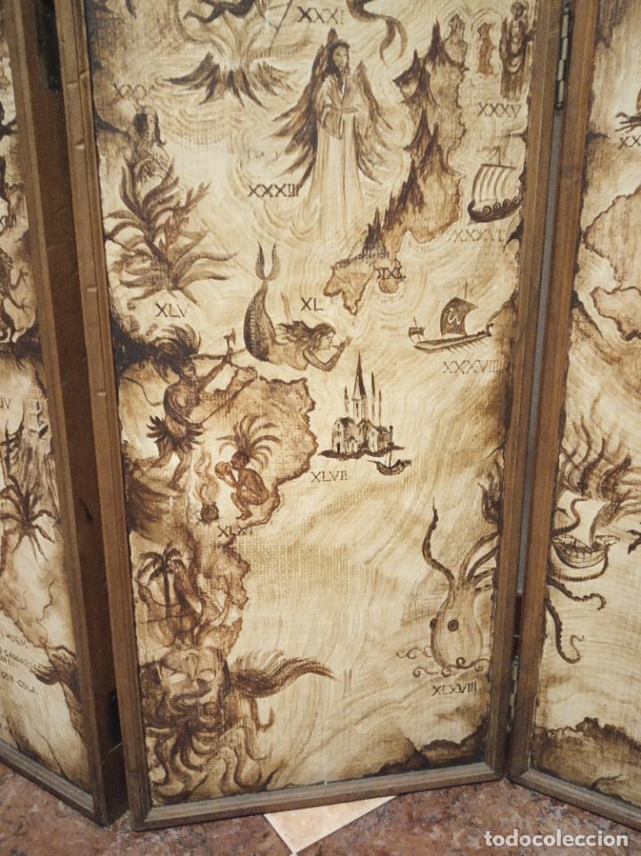 Antigüedades: Excepcional y único biombo pintado a mano. Cuadro por ambas caras. Pasajes históricos. Firmado. - Foto 10 - 191894133