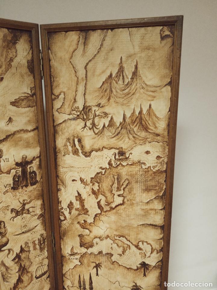Antigüedades: Excepcional y único biombo pintado a mano. Cuadro por ambas caras. Pasajes históricos. Firmado. - Foto 11 - 191894133