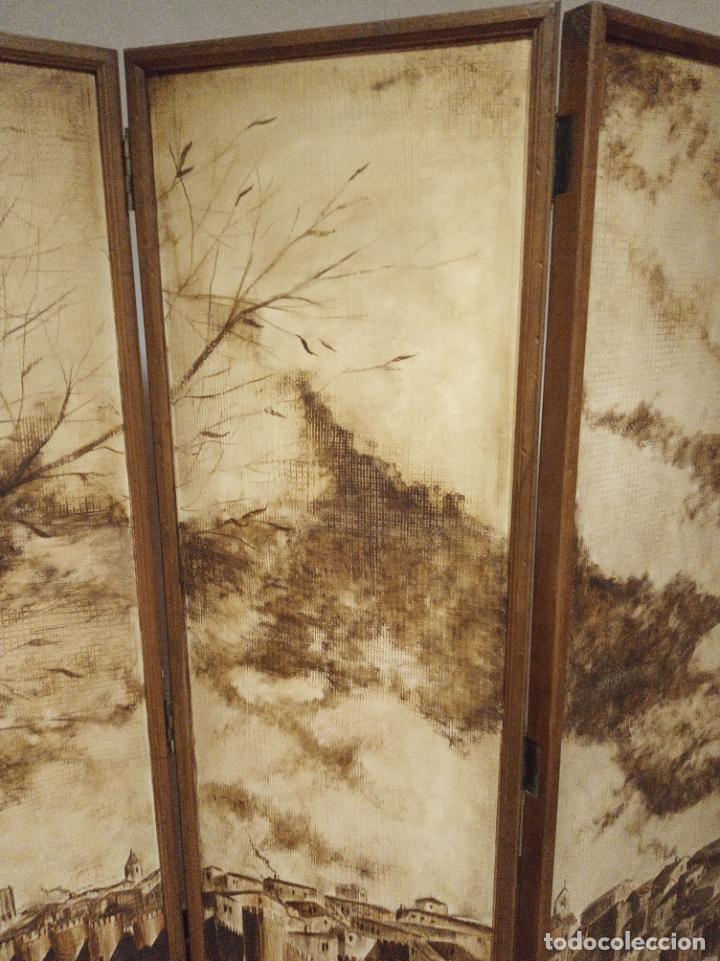 Antigüedades: Excepcional y único biombo pintado a mano. Cuadro por ambas caras. Pasajes históricos. Firmado. - Foto 17 - 191894133
