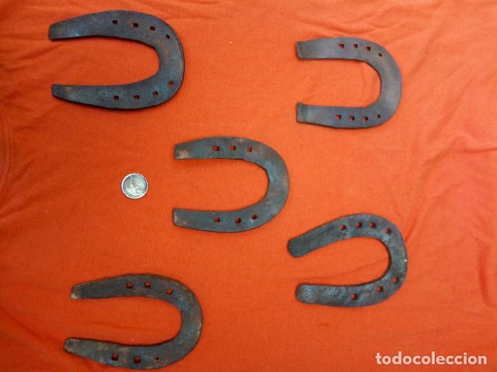 Antigüedades: lote de herraduras - Foto 2 - 191906453