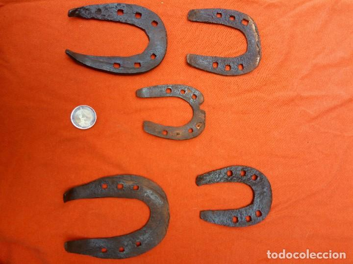 Antigüedades: lote de herraduras - Foto 2 - 191906652