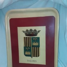 Antigüedades: ANTIGUA BANDEJA CON ESCUDO DE BALEARES. Lote 191986026