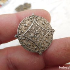Antigüedades: INSIGNIA DE PLATA CENTRE SOCIAL DE CULTURA POPULAR . Lote 192056346