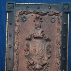 Antigüedades: ANTIGUO ESCUDO FRANCÉS DATADO ENTRE 1900 Y 1930. Lote 192059511