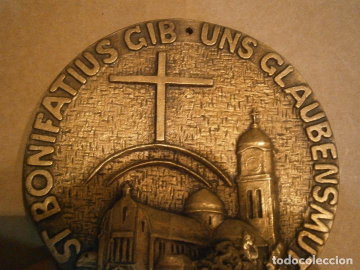 Antigüedades: ¡¡PRECIOSO, MEDALLON,DE,METAL,,ST,BONIFATIUS GIB,UNS,GLAUBENSMUT - Foto 4 - 192099693