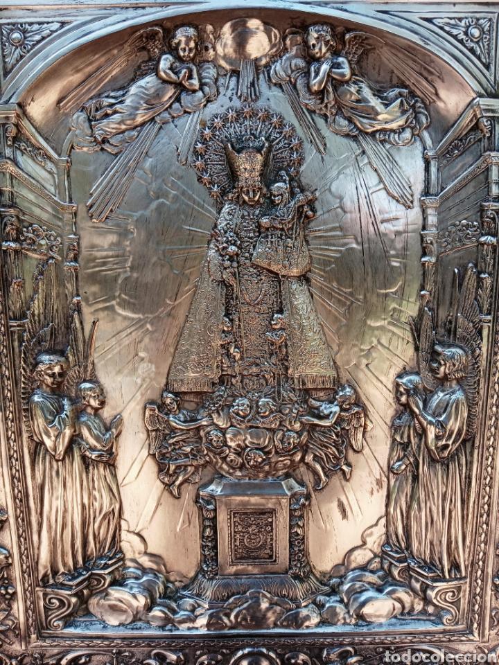 IMPORTANTE VIRGEN DE LOS DESAMPARADOS - BAJO RELIEVE - PLATA ALEMANA - GRAN TAMAÑO (Antigüedades - Religiosas - Orfebrería Antigua)
