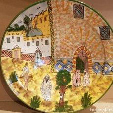 Antigüedades: GRAN PLATO-FUENTE-CUSCUSERA / CERÁMICA MARROQUÍ / DECORADO A MANO / SAFI / 35 CM Ø / PERFECTO.. Lote 192164201