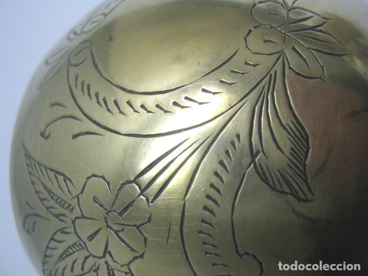 Antigüedades: Antigua copa de bronce cincelada - Foto 3 - 192278730