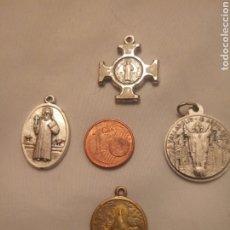 Antigüedades: CRUZ Y MEDALLAS RELIGIOSAS DE LA VIRGEN DEL HENAR, CRISTO Y EL BEATO BERNARDO VALLADOLID. Lote 192287363