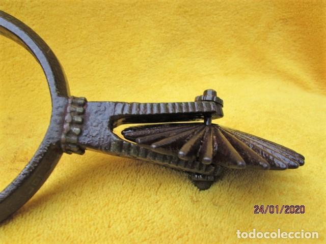 Antigüedades: Antigua ESPUELA Chilena De FORJA y DAMASQUINADO DE PLATA SOBRE HIERRO. SIGLO XVIII - Foto 3 - 192297581