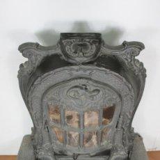 Antigüedades: BONITA ESTUFA SALAMANDRA ROYAL - MARCA JCE - HIERRO FUNDIDO - S. XIX. Lote 192310065
