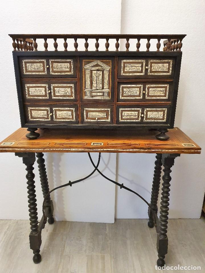 BARGUEÑO DE HUESO Y MARQUETERIA (Antigüedades - Muebles Antiguos - Bargueños Antiguos)