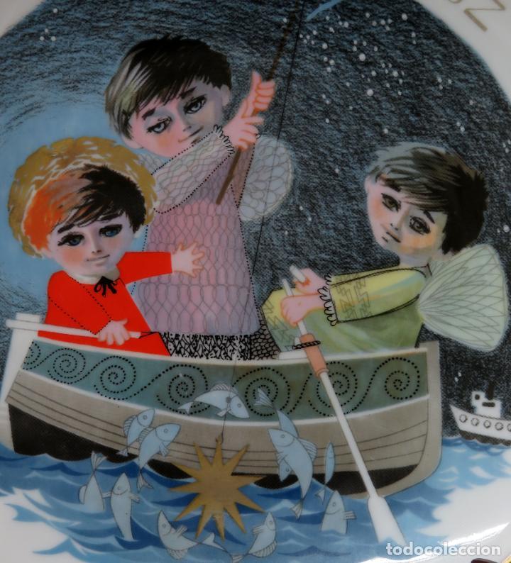 Antigüedades: Plato Navidad conmemorativo en porcelana Santa Clara dedicado Moises Alvarez e hijos 1966 - Foto 2 - 192330902