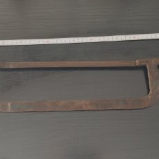 Antigüedades: SIERRA METALICA ANTIGUA 57 CN APROXIMADAMENTE DE LONGITUD. Lote 192359013