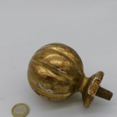 Antigüedades: POMO DE ESCALERA MADERA PRINCIPIOS DEL XX. Lote 192370493