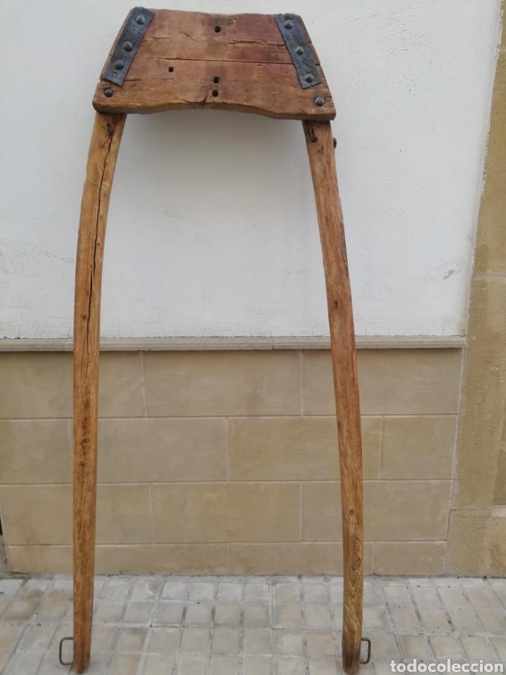 Antigüedades: Antiguo unsillo para el ganado - Foto 9 - 192453712
