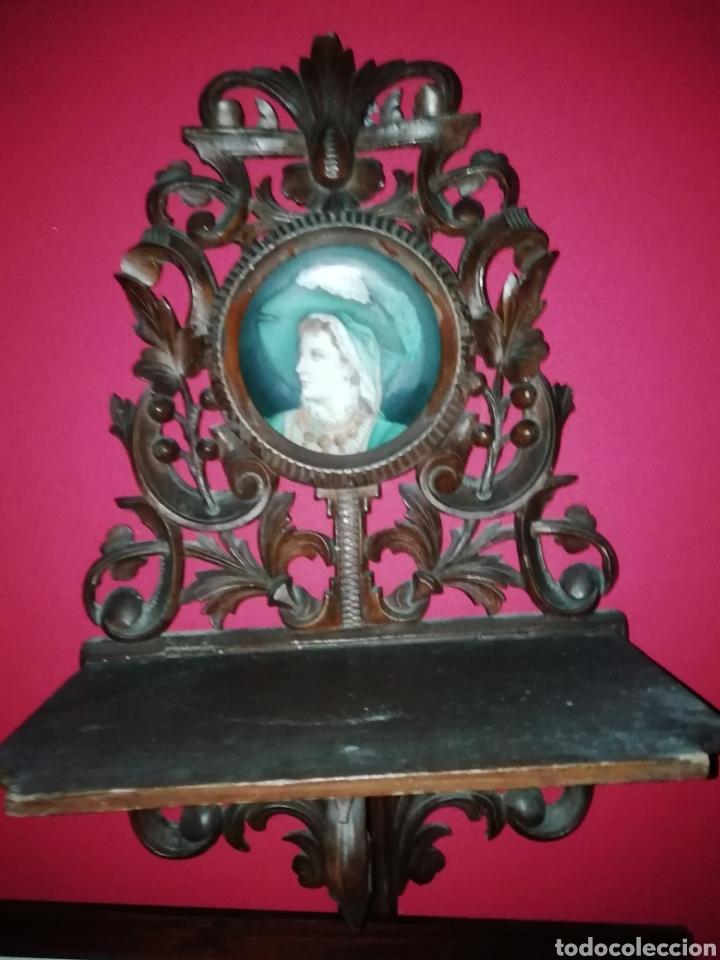 Antigüedades: Pareja de ménsulas en madera tallada y porcelana europea siglo XIX - Foto 4 - 149226820