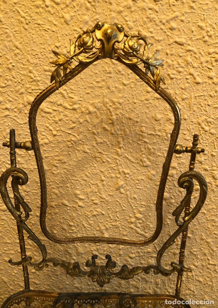 Antigüedades: Precioso joyero-tocador de sobremesa en bronce dorado al mercurio. Napoleon III. - Foto 2 - 228349270