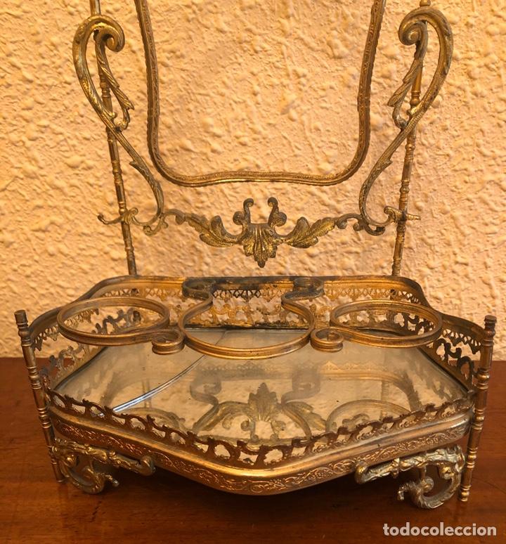 Antigüedades: Precioso joyero-tocador de sobremesa en bronce dorado al mercurio. Napoleon III. - Foto 3 - 228349270