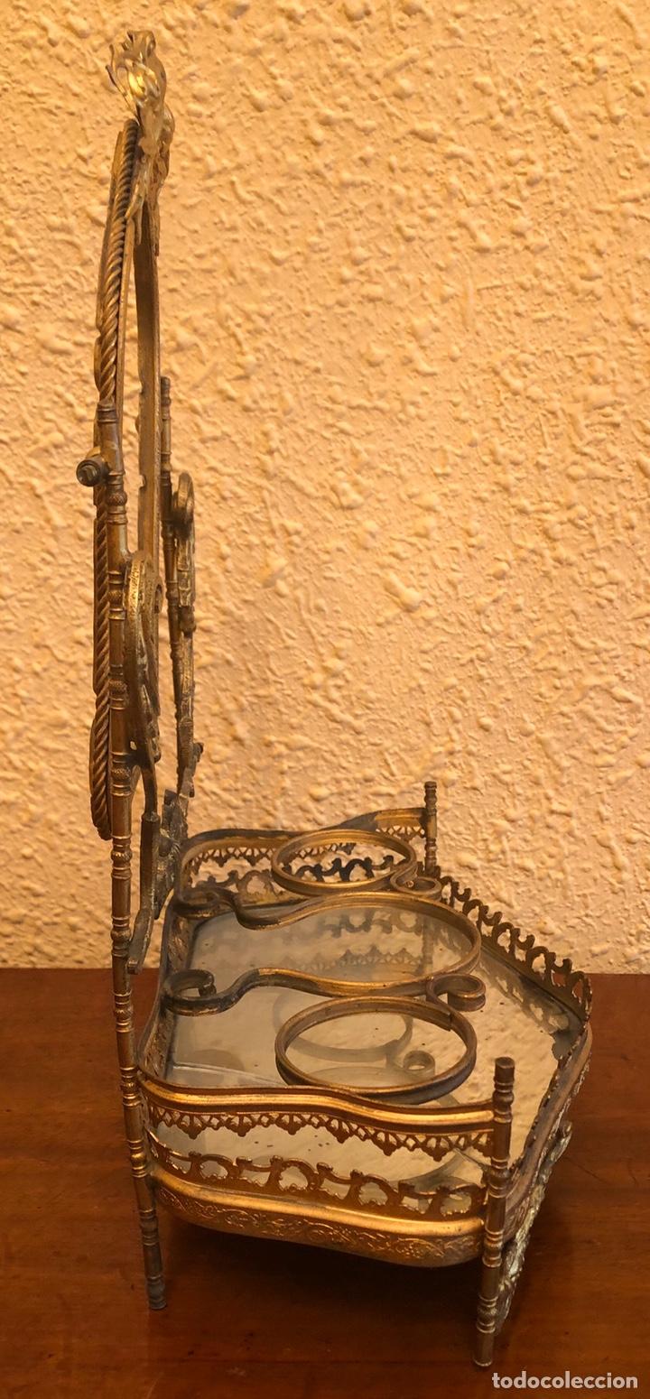 Antigüedades: Precioso joyero-tocador de sobremesa en bronce dorado al mercurio. Napoleon III. - Foto 4 - 228349270