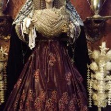 Antigüedades: 250 CM X 157 CM TELA BORDADA CALADA MORADO ORO SAYA MANTO VIRGEN TOCADO PAÑO ALTAR SEMANA SANTA . Lote 192596575