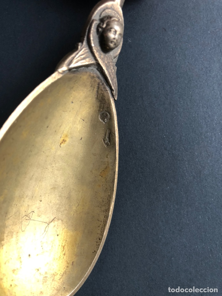 Antigüedades: Preciosa cuchara litúrgica de plata del siglo XIX con sellos del maestro orfebre alemán Schleissner - Foto 4 - 192629902
