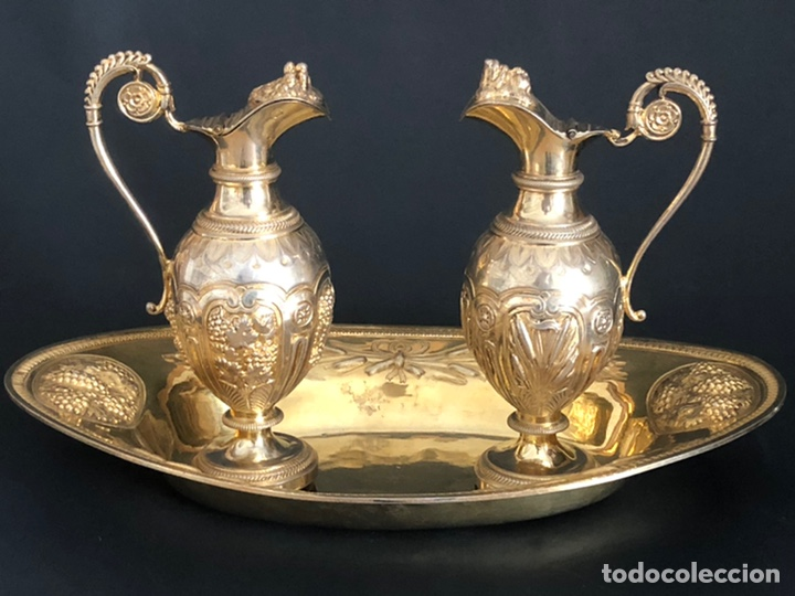 Antigüedades: Preciosas vinajeras de plata sobredorada del siglo XIX con sello del maestro orfebre Alexis Renaud - Foto 2 - 192632083