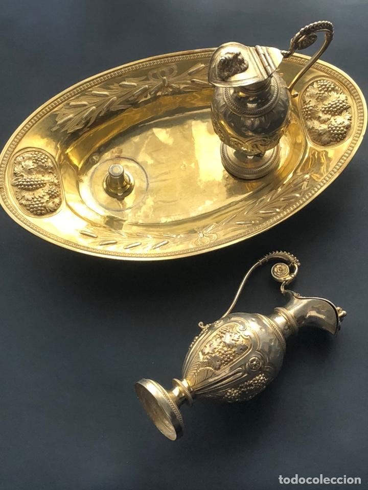 Antigüedades: Preciosas vinajeras de plata sobredorada del siglo XIX con sello del maestro orfebre Alexis Renaud - Foto 4 - 192632083