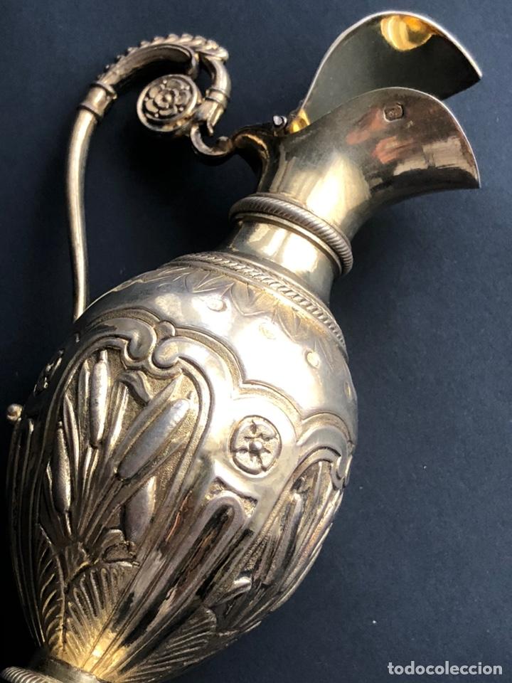 Antigüedades: Preciosas vinajeras de plata sobredorada del siglo XIX con sello del maestro orfebre Alexis Renaud - Foto 21 - 192632083