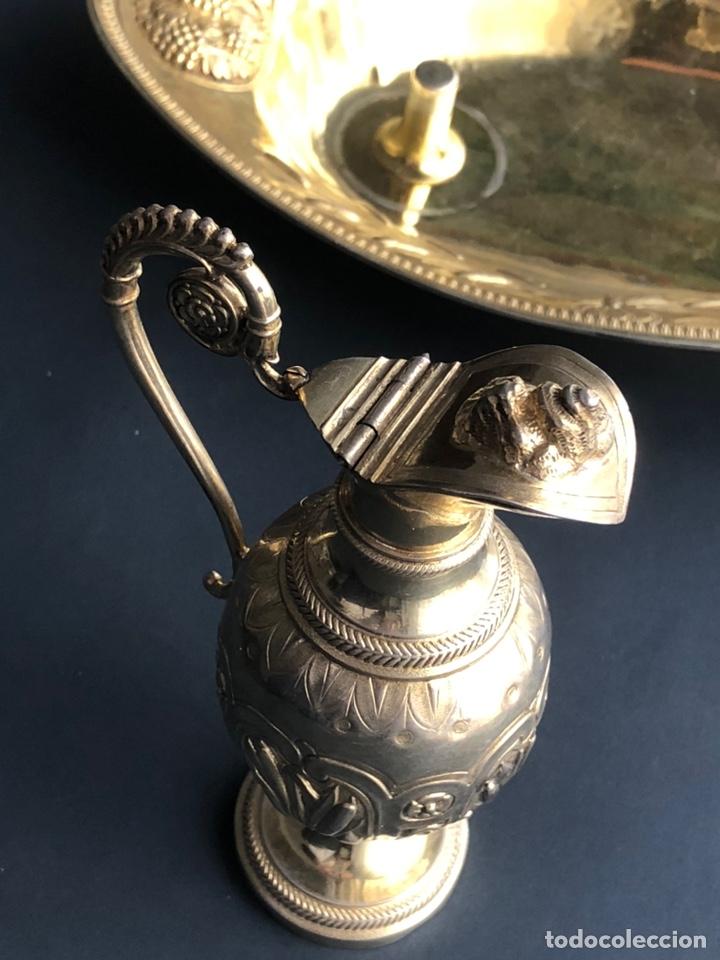 Antigüedades: Preciosas vinajeras de plata sobredorada del siglo XIX con sello del maestro orfebre Alexis Renaud - Foto 22 - 192632083
