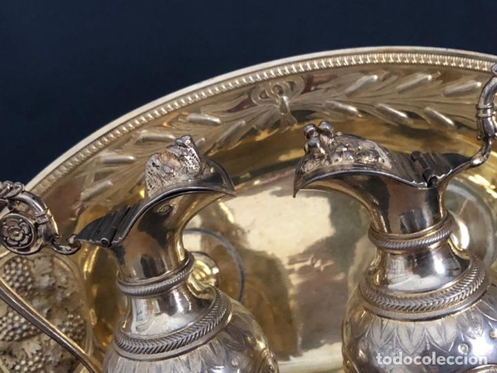 Antigüedades: Preciosas vinajeras de plata sobredorada del siglo XIX con sello del maestro orfebre Alexis Renaud - Foto 25 - 192632083