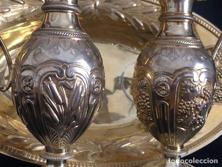 Antigüedades: Preciosas vinajeras de plata sobredorada del siglo XIX con sello del maestro orfebre Alexis Renaud - Foto 29 - 192632083