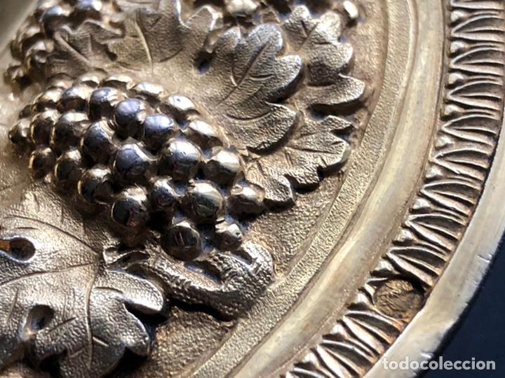 Antigüedades: Preciosas vinajeras de plata sobredorada del siglo XIX con sello del maestro orfebre Alexis Renaud - Foto 37 - 192632083
