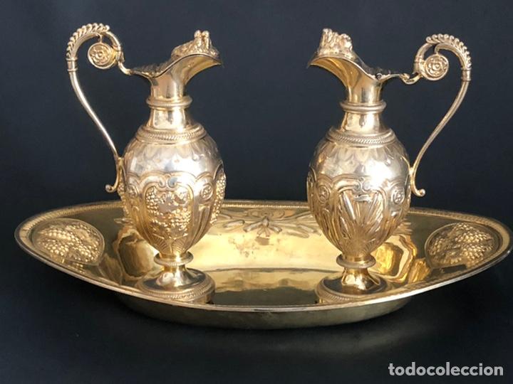 Antigüedades: Preciosas vinajeras de plata sobredorada del siglo XIX con sello del maestro orfebre Alexis Renaud - Foto 39 - 192632083