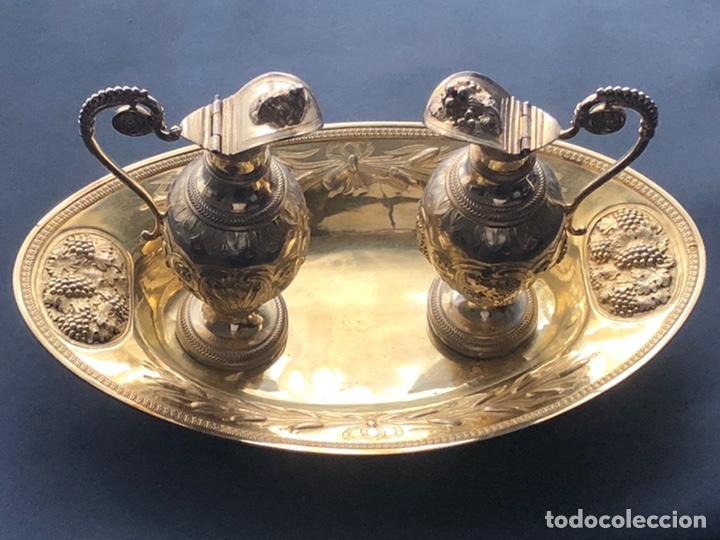 Antigüedades: Preciosas vinajeras de plata sobredorada del siglo XIX con sello del maestro orfebre Alexis Renaud - Foto 40 - 192632083