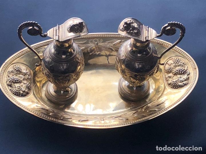 Antigüedades: Preciosas vinajeras de plata sobredorada del siglo XIX con sello del maestro orfebre Alexis Renaud - Foto 42 - 192632083
