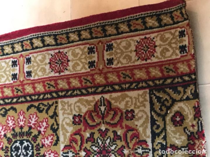 Antigüedades: Antigua alfombra para pasillo lana motivos geometricos persa rojo 2,15x 69,5 cmaños 50 - Foto 8 - 192647721