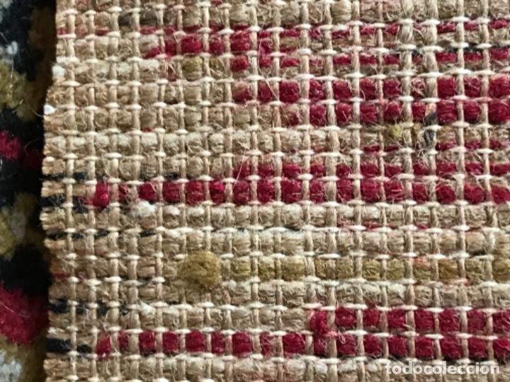 Antigüedades: Antigua alfombra para pasillo lana motivos geometricos persa rojo 2,15x 69,5 cmaños 50 - Foto 11 - 192647721