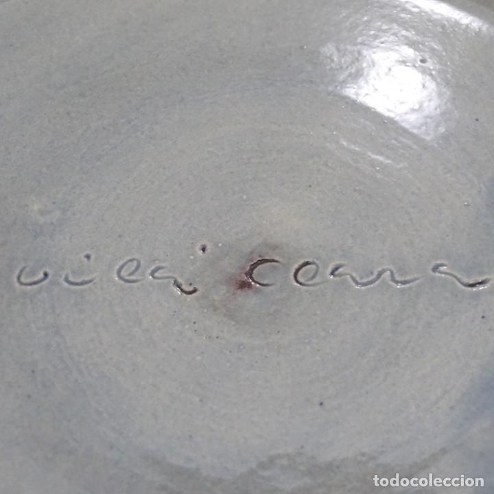 Antigüedades: Plato de cerámica vidriada firmado Vila-clará. - Foto 4 - 192757635