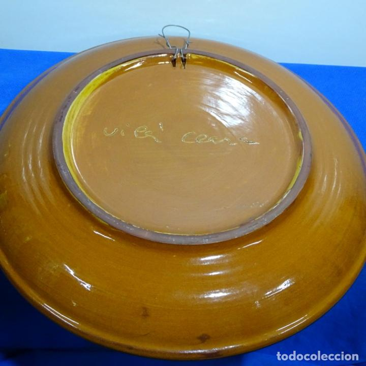 Antigüedades: Plato de cerámica vidriada firmado Vila-clará. - Foto 3 - 192757673