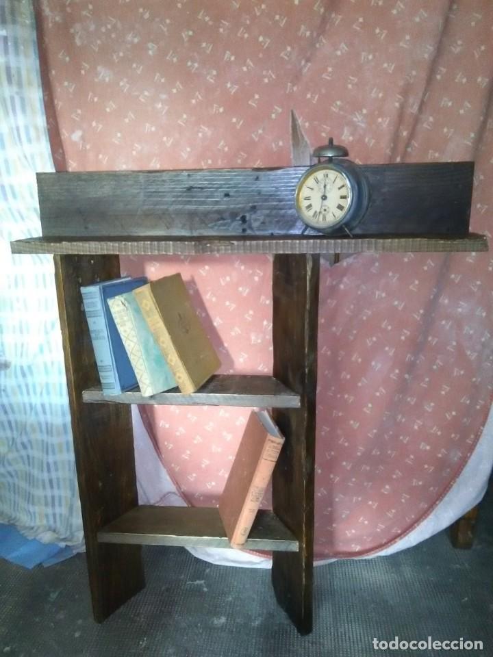ORIGINAL ESTANTERÍA HECHA A MANO, PARA COLGAR EN PARED. (Antigüedades - Muebles Antiguos - Repisas Antiguas)